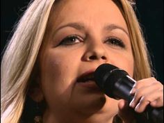 Music video by Bill & Gloria Gaither performing Sweet Holy Spirit (feat. The Isaacs) [Live]. (P) (C) 2012 Spring House Music Group. All rights reserved. Unauthorized reproduction is a violation of applicable laws.  Manufactured by EMI Christian Music Group,