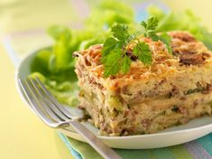 Découvrez la recette Hachis parmentier aux légumes sur cuisineactuelle.fr.