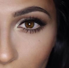 Best Makeup for Brown Eyes | champagne.png: