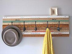 Best DIY Coat & Hat Rack Ideas For Sweet Home Coat hanger, Wood pallets and Diy hat rack. Wall Hat Racks, Diy Hat Rack, Hat Hanger, Diy Clothes Rack, Clothes Hooks, Clothing Racks, Baseball Hat Racks, Baseball Caps, Cowboy Hat Rack