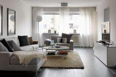 Avec meuble blanc pour la télé