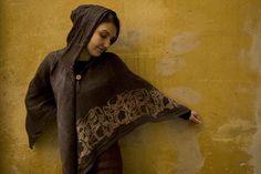 Cape, nettle-silk Fur Coat, High Neck Dress, Colours, Prints, Painting, Cape, Silk, Design, Fashion