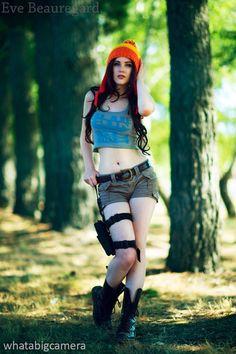 Imagen de http://geekxgirls.com/images/jayne/female_jayne_cosplay_01.jpg.
