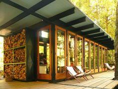 Recycled Materials Cottage,Courtesy of  juan luis martínez nahuel