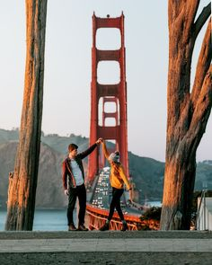 How to Spend 24 Hours in San Francisco, - Travel Couple Travel Pictures, Travel Photos, Puente Golden Gate, San Francisco Photography, Couple Travel, Death Valley, San Francisco Travel, San Francisco Bridge, San Francisco Vacation