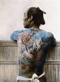 http://www.fubiz.net/2016/04/18/the-last-samurai-photography-from-1800s/