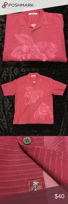 Authentic Tommy Bahama Hawaiian 🌺 Shirt Authentic 100% silk Tommy Bahama Men's Button Down short sleeve Casual shirt. Lightly worn excellent condition! Fits very comfortable, very wide. True to size. FAST SHIPPING! No trades! Make me an offer! Tommy Bahama Shirts Casual Button Down Shirts