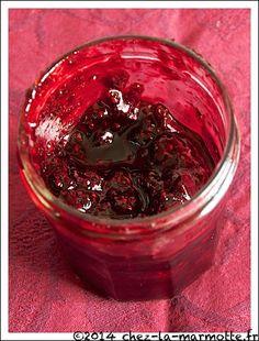 Confiture express aux fruits rouges