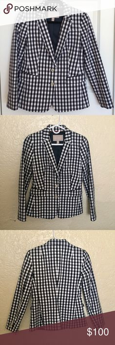 """NWOT Banana Republic Navy +White Checkered Blazer Description: So chic and perfect for work or with a pair of boyfriend jeans.   Sizing; 0P Chest: 16"""" Waist: 14"""" Length: 23"""" Condition: NWOT  Please don't ask for trades. I stick to Poshmark guidelines. I'm always open to reasonable offers. Please use offer button, I won't discuss pricing in comments section. Please don't hesitate to ask questions. I offer discounts on bundles! Have a beautiful day. 👸🏽 Banana Republic Jackets & Coats Blazers"""