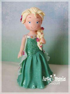 Elsa Frozen Fever! Mais informações: contato@artemaniabiscuit.com.br