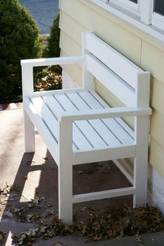 Small Porch Bench Made From Pallets   ---   #pallets