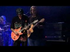 Carlos Santana - no one else can play guitar like this