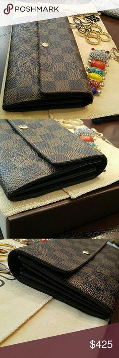 🔴Traded🔴💋LOUIS VUITTON SARAH DE.....MORE PICS💋 More pics Louis Vuitton Bags Wallets
