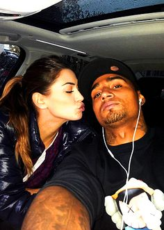 Melissa con Boateng, in macchina al calduccio