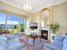 Point Piper, NSW Sales Agents - Monika Tu and Martin Ross Black Diamondz Property Concierge - Sydney 02 8280 8280 Property Video - www.youtube.com/watch?v=GYpvcXNW8AI #livingroom #waterfront