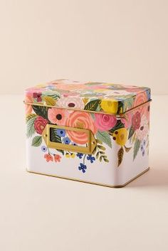 Shop Rifle Paper Co. at Anthropologie. Find your favorite floral printed cards, planners, phone cases & more by Rifle Paper Co. at Anthropologie. Cath Kidston, Visual Merchandising, Recipe Tin, Velvet Quilt, Kantha Stitch, Rifle Paper Co, Tidy Up, Letterpress, Stocking Stuffers