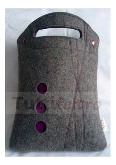 pic only-beautiful felt bag made of that serious thick felt.
