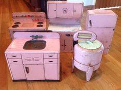 Vintage Lot of 5 Wolverine Tin Toys Kitchen Set Stove Sink Fridge Washer Cabinet