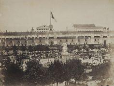 Julio 15 de 1867  | Juárez llega a la Capital. El pueblo le hace homenaje, grita vítores y lanza flores al Presidente y a su reducido gabinete. | #Memoria #Politica de #Mexico | http://memoriapoliticademexico.org/Efemerides/7/15071867.html