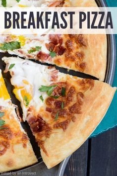 Wake up and make your family this tasty bacon egg breakfast pizza. Made on homemade pizza dough topped with mozzarella and parmesan cheese, bacon, and eggs, this pizza recipe is. Breakfast And Brunch, Breakfast Pizza, Breakfast Smoothies, Breakfast Casserole, Breakfast Ideas, Pizza Recipes, Gourmet Recipes, Baking Recipes, Brunch Recipes