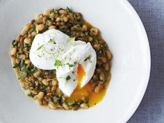 FUL MEDAMES WITH POACHED EGGS