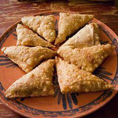 Beef Samosas Allrecipes.com... didn't know it was so easy to make samosas.. will be trying it for myself this weekend!