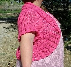You're going to love Plus Size Crochet Shrug Sweater by designer Copper Llama. Crochet Jacket Pattern, Crochet Poncho, Crochet Patterns, Crochet Ideas, Crochet Shrugs, Crochet Vests, Crochet Scarfs, Crochet Sweaters, Crochet Tops