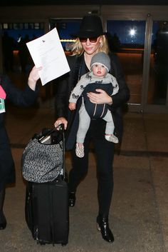Cate Blanchett and Her Daughter Arrive at LAX