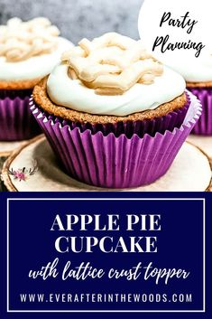 Pie in cupcake form. These cupcakes are so cute and taste like a delicious apple pie but in cupcake form. Apple Pie in cupcake form. These cupcakes are so cute and taste like a delicious apple pie but in cupcake form. Homemade Frosting Recipes, Healthy Cupcake Recipes, Cupcake Recipes From Scratch, Best Dessert Recipes, Sweet Desserts, Apple Recipes, Delicious Desserts, Yummy Recipes, Cake Mix Cupcakes