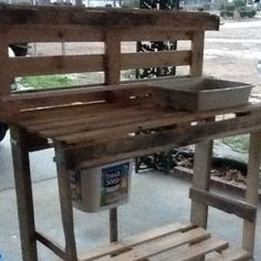 Potting bench made from pallets