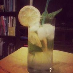 Ποιος θελει ενα  τετοιο τωρα??? #summerishere #lemon #mojito #homemade #ice