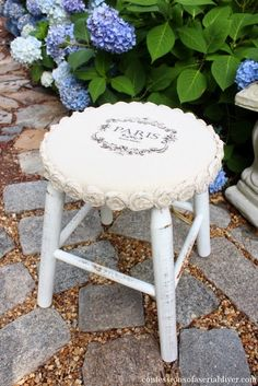 The Shabby Chic décor style popularized by Rachel Ashwell and Arhaus seeks to have an opulent vintage look. Shabby Chic furniture is given a distressed look by covered in sanded milk paint. The whole décor style has an intriguing flea market look. Stool Makeover, Furniture Makeover, Diy Furniture, Furniture Reupholstery, Furniture Movers, Furniture Chairs, Upcycled Furniture, Furniture Stores, Modern Furniture