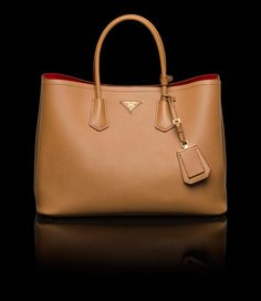 PRADA TOTE SAFFIANO CUIR LEATHER TOTE DOUBLE HANDLE GOLD-PLATED ...