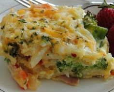 Crazy Delicious Recipes you have to Try! Brocolli Casserole, Egg Casserole, Breakfast Casserole, Casserole Recipes, Potato Dishes, Food Dishes, Side Dishes, Potato Pie, Dinner Dishes