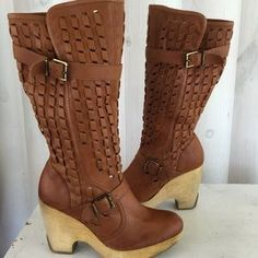 I just discovered this while shopping on Poshmark: Kenneth Cole genuine leather platform tall boots. Check it out! Price: $45 Size: 8