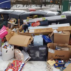 you must budget for extra xmas pickup rounds for It looks like this every year. Do you think people will… Every Year, You Must, Pick Up, Thinking Of You, Budgeting, Recycling, Container, Xmas, People