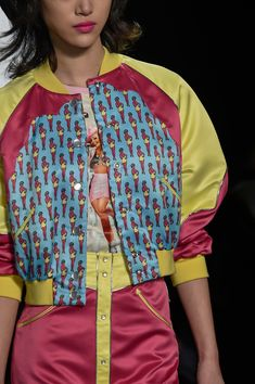 190 details photos of Jeremy Scott at New York Fashion Week Fall 2016.