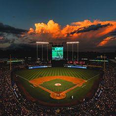 Awesome photo of the K! Kansas City Missouri, Kansas City Royals, Kc Royals Baseball, No Crying In Baseball, City Pride, Baseball Uniforms, Baseball Pictures, Home Team, Instagram