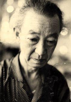Kansuke 1985 この生涯 何をしたかと思うとなにもしていない。おそらくどんなことをしても生涯なにもしてないんだという 感慨だけが残るだろう。