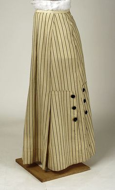 Suit, Skirt Date: ca. 1915 Culture: American Medium: wool, silk Accession Number: 1982.403.2a, b