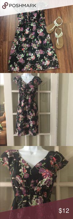 Ann Taylor Loft Dress Gorgeous dress from Ann Taylor Loft sz 4P. Made with 100% polyester. LOFT Dresses