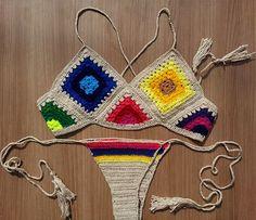 Biquíni de crochê /top cropped Cores : Bege, Branco, Preto Rosa e Azul Marinho Tamanhos P/ M e G Top cropped com forro Calcinha com forro poliamida