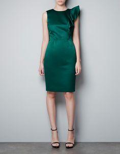 Nice formal dress!