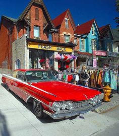 Kensington Market, Toronto Toronto City, Toronto Canada, Ontario, Largest Countries, Quebec City, Landscape Photos, Retro, Beautiful World, Street Photography