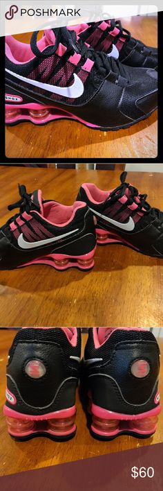 7bf1d234098746 Excellent condition size 5.5 Nike Shocks Size 5.5 women Nike shocks shoes  excellent condition barely worn