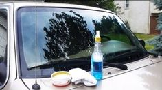 Windex is one of the most popular glass cleaners around. Even most of those who haven't used it, have at least heard of it. You may be surprised to know that Windex isn't just for cleaning glass though; Clean Windshield, Windshield Repair, Car Repair, Car Cleaning Hacks, Car Hacks, Cleaning Products, Cleaning Car Windows, Car Fix, Diy Car