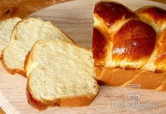 A foszlós kalács titkai Bread Recipes, Cake Recipes, Vegan Recipes, Cooking Recipes, European Dishes, Hungarian Recipes, Recipes From Heaven, Winter Food, Bread Baking