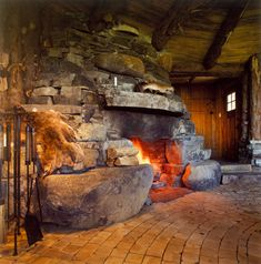 Rock Fireplaces, Rustic Fireplaces, Home Fireplace, Fireplace Design, Basement Fireplace, Fireplace Stone, Fireplace Ideas, Cabin Homes, Log Homes