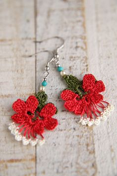 oya crochet earring Crochet Unique, Beautiful Crochet, Crochet Ball, Thread Crochet, Textile Jewelry, Fabric Jewelry, Jewellery, Crochet Flower Patterns, Crochet Flowers