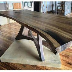 Live edge or slab table inspiration. Unique acute angle base - My Easy Woodworking Plans Live Edge Furniture, Modern Furniture, Furniture Design, Diy Furniture, Reclaimed Furniture, Furniture Plans, Furniture Stores, System Furniture, Furniture Outlet